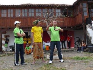André, Unai y Jair en la Casa del Llano