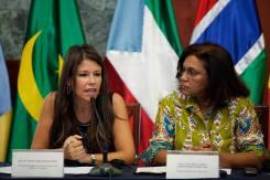 Delia Herrera y María Cristina Lopes Almeida Fontes Lima