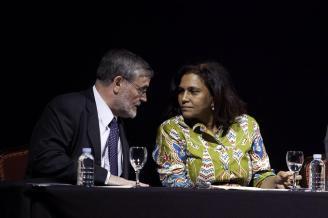José gómez Soliño y la ministra de Salud de Cabo Verde, María Cristina Lopes Almeida Fontes Lima