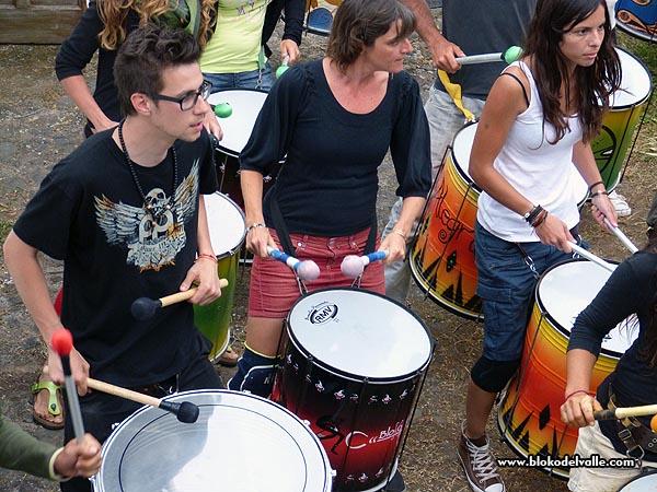 Fiesta en el Bloko del Valle, con Brincadeira, organizadores de Mueca e invitados de REDELAE (4/6)